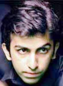 Mohammad Rais Senzahi